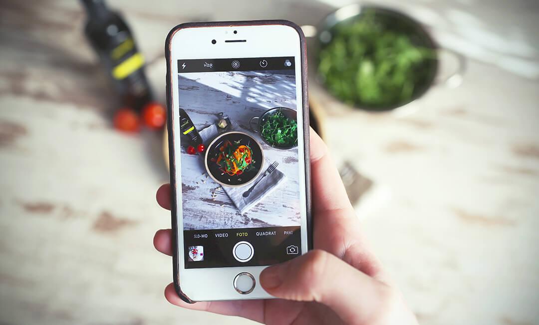 social-media-ready2order