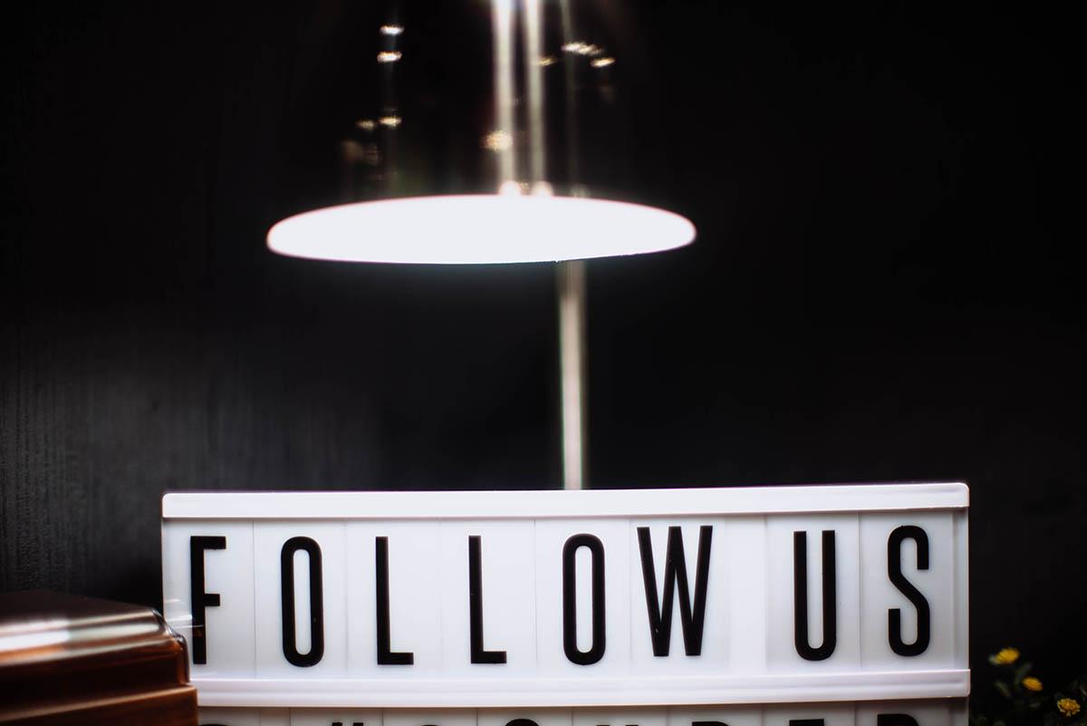 Gastronomie Werbung Follow auf Social Media
